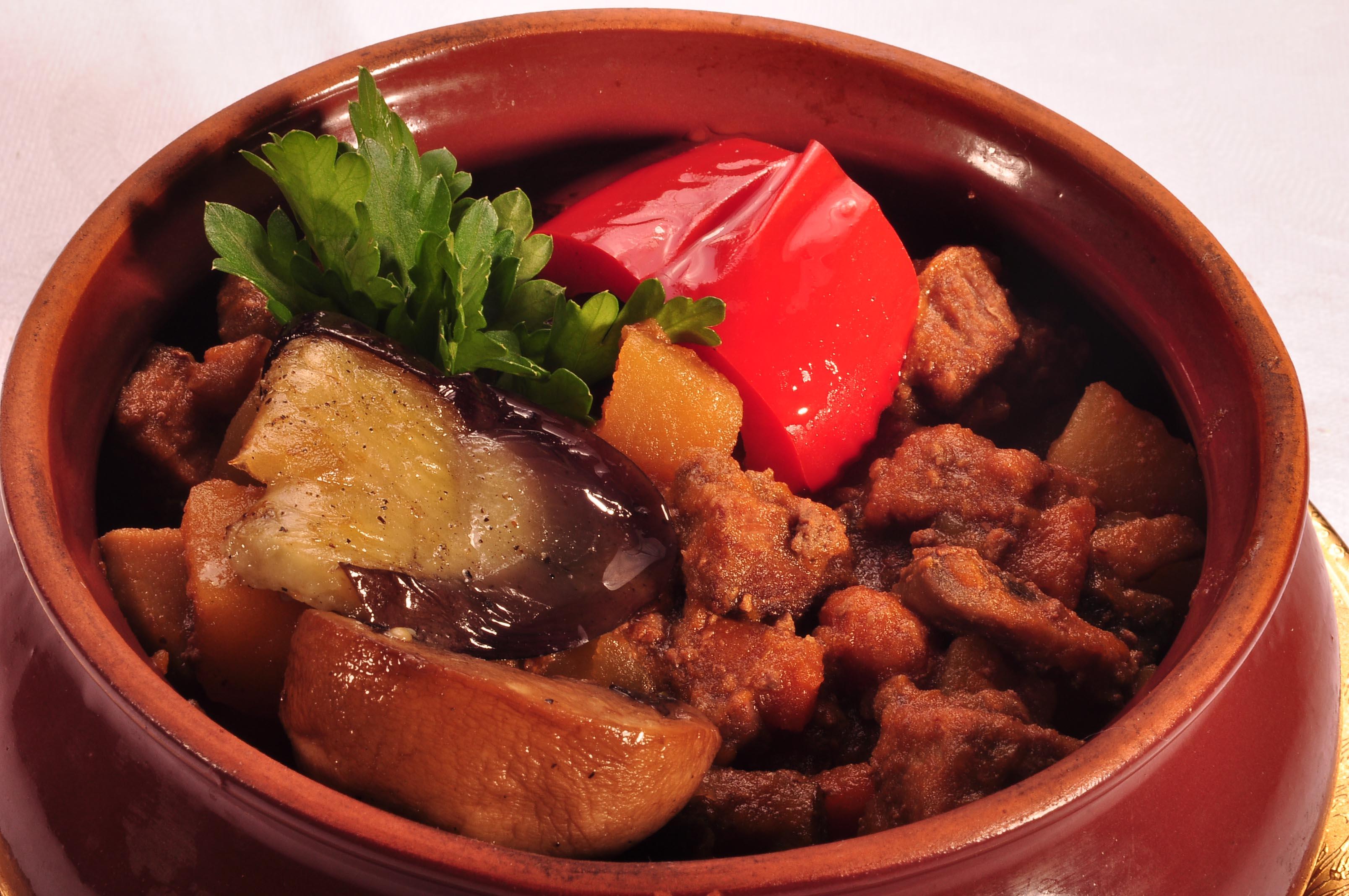 Чанахи в горшочках из свинины рецепт пошагово
