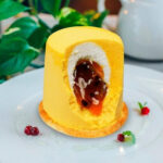 Пирожное «Манго-маракуйя»